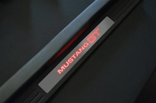 "CDC Mustang Illuminated Door Sill Plates ""Mustang GT"" (05-14) 0511702101"