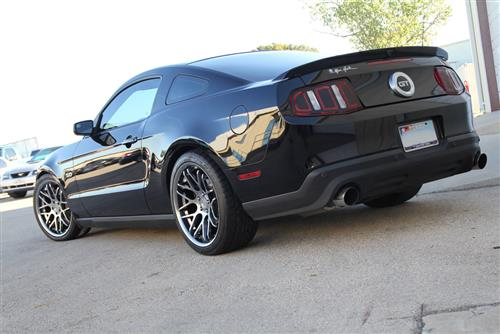 Mustang Downforce Wheel - 20x10 Platinum (05-16) - Mustang Downforce Wheel - 20x10 Platinum (05-16)