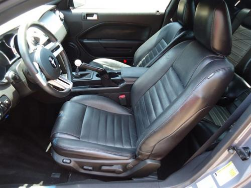 2005-06 Mustang Leather Upholstery Kit, Black, Convertible