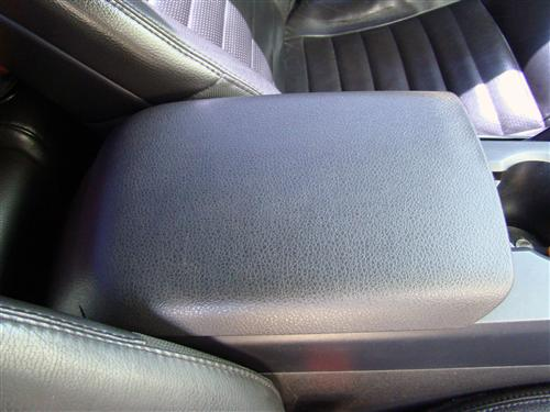 Mustang Center Console Arm Rest Pad Charcoal (05-09) 6306024AAC