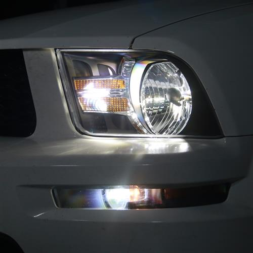 Mustang Gen 2 Headlights - Amber Reflector (05-09)