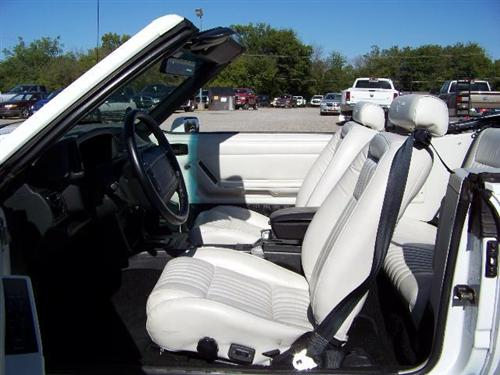 TMI Mustang Sport Seat Upholstery White Leather (1993) Limited Edition Convertible 43-74621-L965