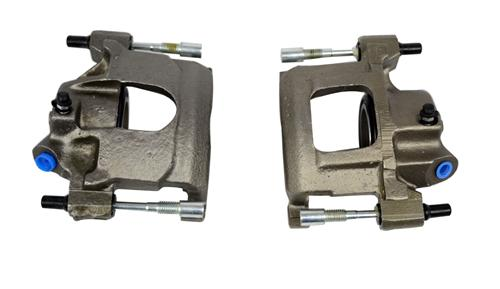 Mustang Front Brake Caliper Pair, Semi Loaded (82-86)