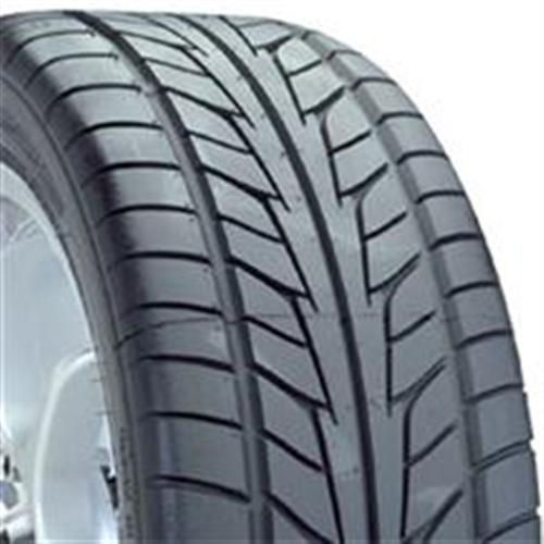Nitto NT555 285/40/18 - Picture of Nitto NT555 285/40/18