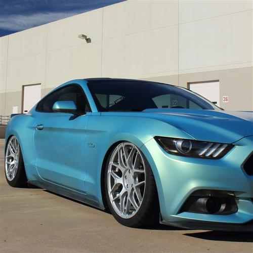 Rovos Mustang Pretoria Wheel & Tire Kit 20x8.5/10  - Satin Silver - Invo Tires (05-14)