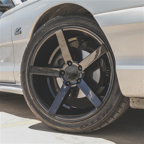 SVE Mustang NVX Wheel Kit - 18x9/10  - Gloss Black (94-04)