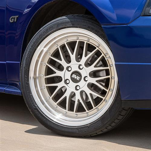 SVE Mustang Series 1 Wheel & Tire Kit - 18x9/10  - Gloss Silver (94-04) Sumitomo HTR Z5