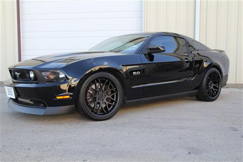 Picture of Mustang Downforce Wheel Kit - 20x8.5/10 Matte Black (05-14)