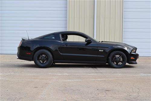 SVE Mustang Drag Wheel & Tire Kit 15X10/15X3.75 Gloss Black  (05-10) Mickey Thomson ET Street