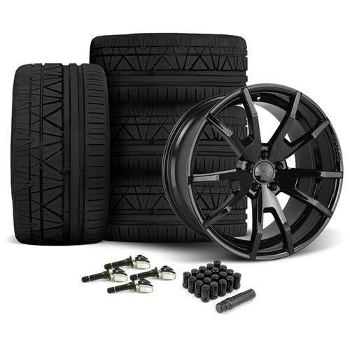 CDC Mustang Outlaw 20X9/10 Wheel & Nitto Invo Tire Kit  Black (15-16)