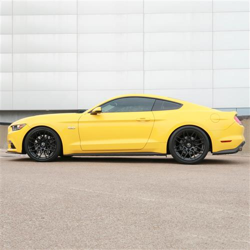 SVE Mustang S500 Wheel & Tire Kit - 20x8.5/10  - Gloss Black - 275 NT05 Tire (15-17)