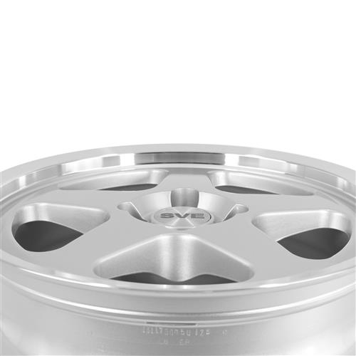 Mustang SC Staggered Wheel & Tire Kit - 17x8/9  - Silver - NT555 G2 Tires (79-93)