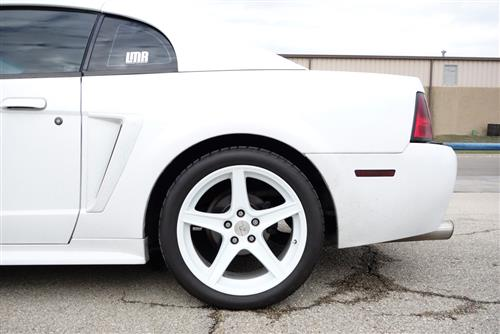 Mustang Staggered Saleen Wheel & Tire Kit - 18x9/10 White (94-04) Nitto NT555