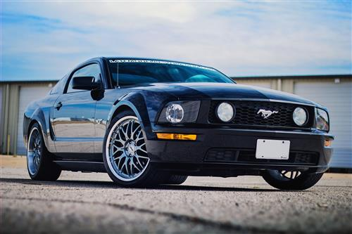 SVE Mustang Series 3 Wheel & Tire Kit - 20x8.5/10 Gunmetal w/ Mirror Lip (05-14) Nitto NT05