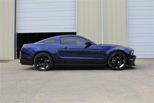 SVE Mustang GT500 Wheel & Tire Kit - 19x8.5 Gloss Black (05-14) Nitto NT555
