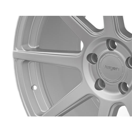 Velgen Mustang VMB8 Wheel & Nitto Invo Kit Silver (15-17)