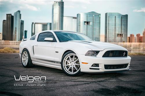 Velgen Mustang VMB9 Wheel & Nitto NT05 Tire Kit Silver (05-14)