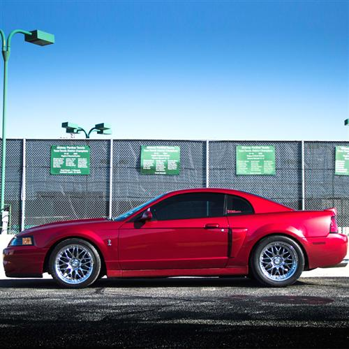 SVE Mustang Series 3 Wheel & Tire Kit - 18x9/10 Chrome (94-04) Sumitomo ZII